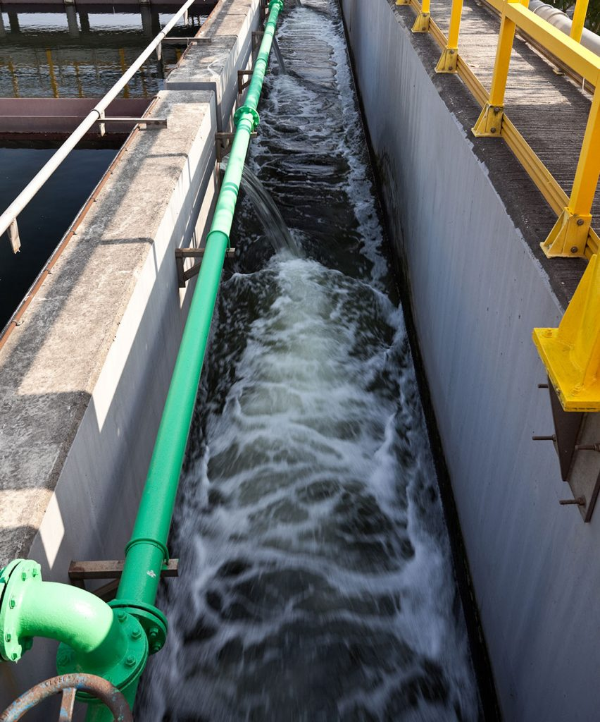 Servicios maquinaria tratamiento de aguas